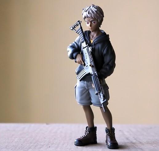 child with gun (2)